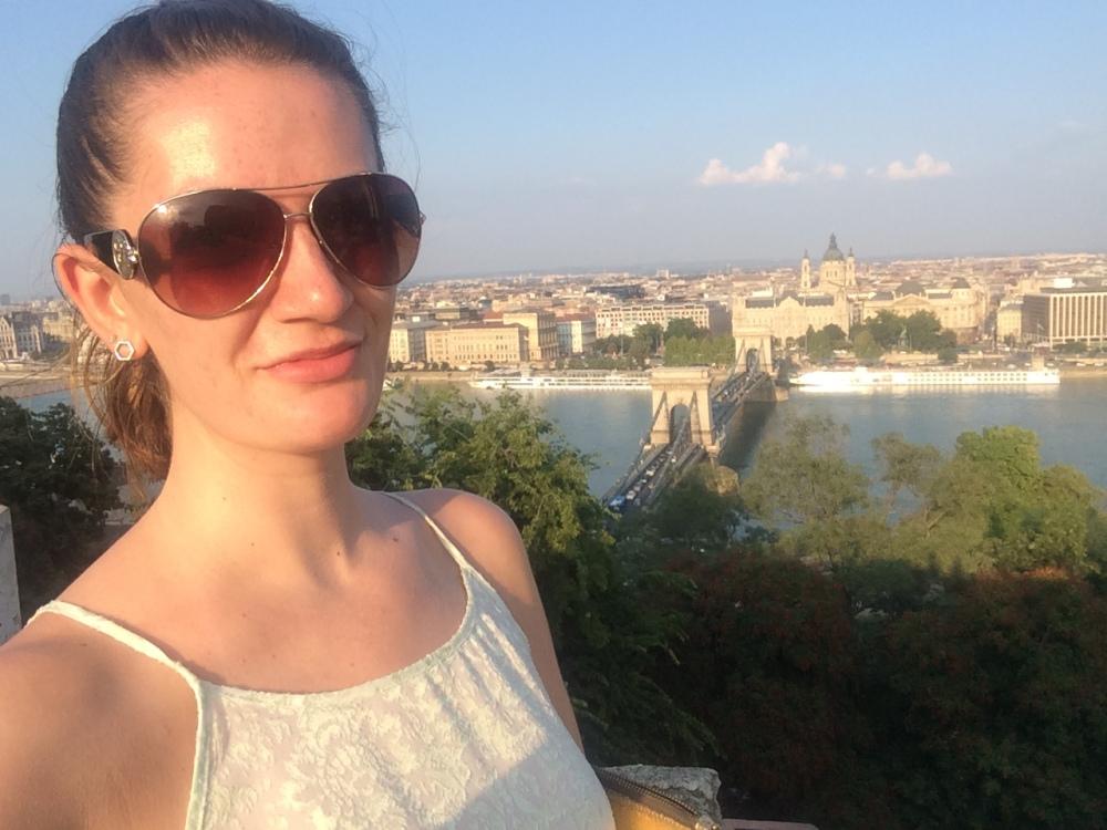 Elle in Budapest